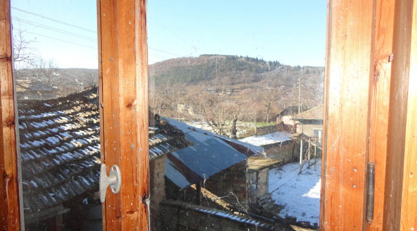 25 Wooden window and view from it