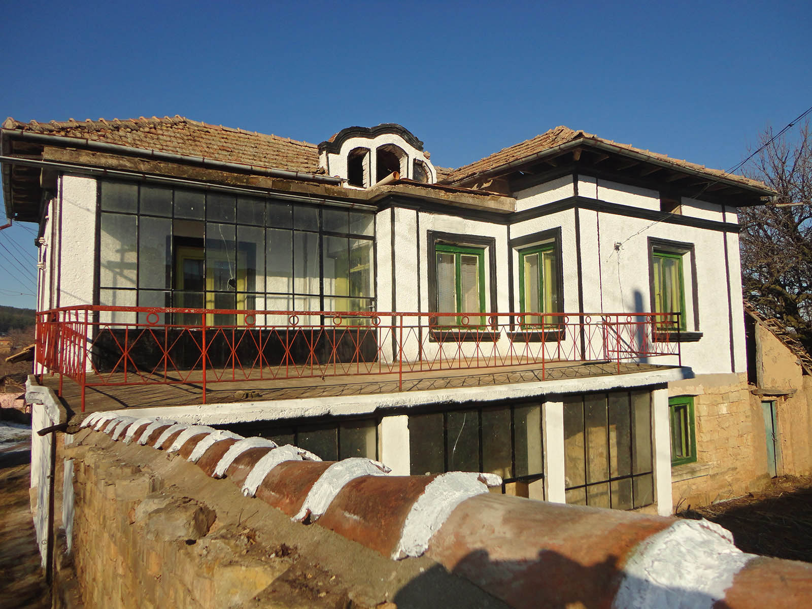 Houses to buy in bulgaria 28 images houses to buy in for Is it cheaper to build or buy a house