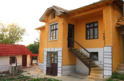 Gorgeous Bulgarian Property in Kovachevets near Popovo RUS7634