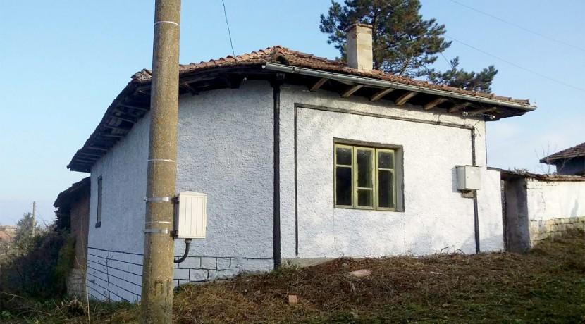 House in Bistrenci near Byala 2
