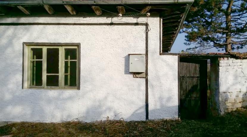 House in Bistrenci near Byala 5