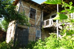Old Traditional Bulgarian House and Development Land in Osikovo RUS1964