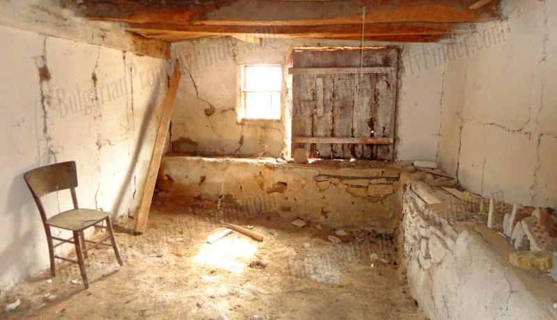 History Stone House in Bulgaria0010
