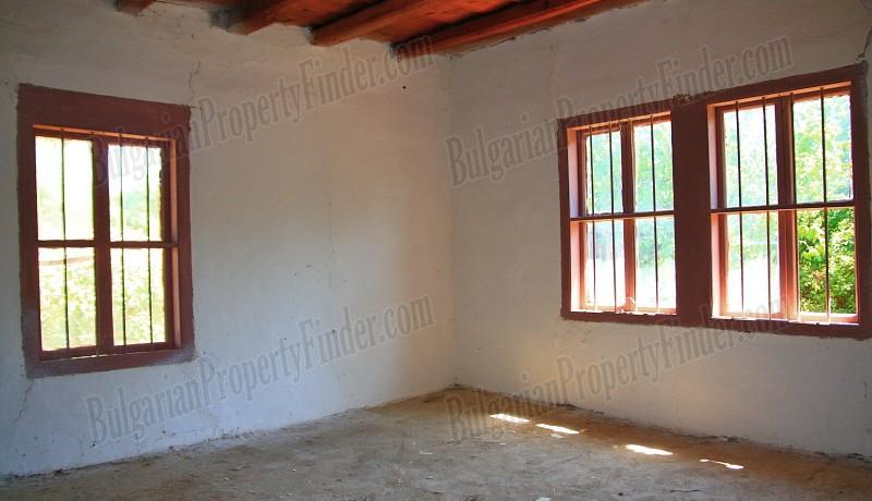 History Stone House in Bulgaria0011
