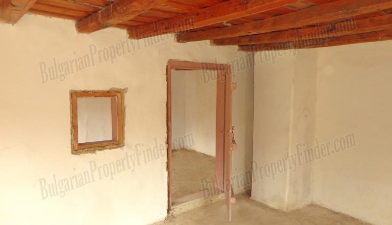 History Stone House in Bulgaria0025