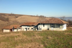 Bulgarian House offering Ultimate Privacy and 4000 sq. meters of land – Karan Varbovka BPFBS15012501