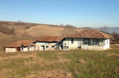 Bulgarian House offering Ultimate Privacy and 4000 sq. meters of land – Karan Varbovka BPFBS15012501