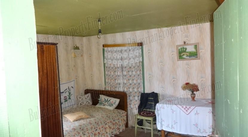 Cheap House in Bulgaria0001