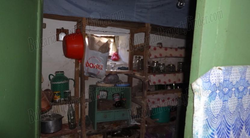 Cheap House in Bulgaria0006