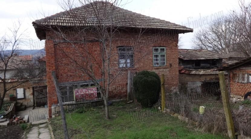 Cheap House in Bulgaria0010