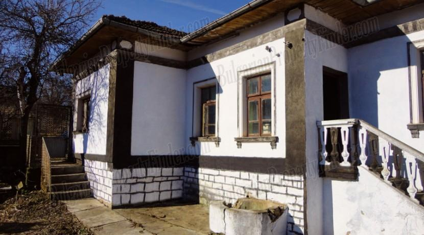 Bulgaria House on Pay Monthly0010