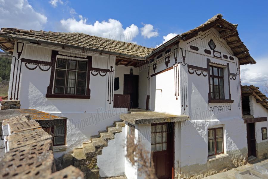 Traditional Bulgarian House for Sale in Gorsko Ablanovo BPFBS15012504