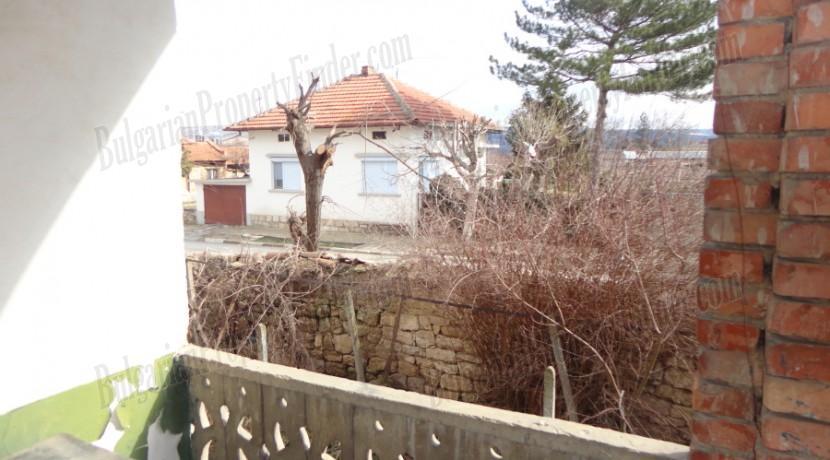 House near Veliko Tarnovo0010