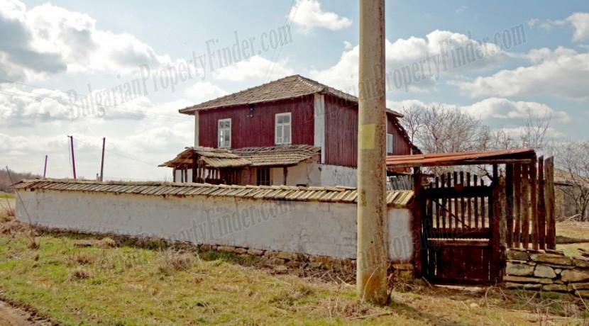 Bulgaria Cheap House0003