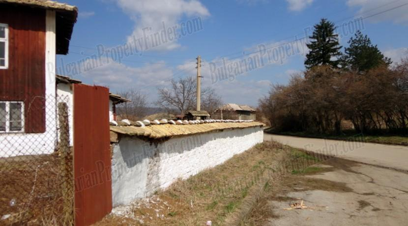 Bulgaria Cheap House0009