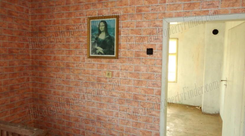 Bulgaria Cheap House0019