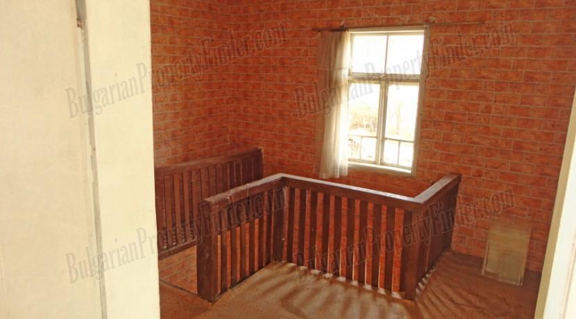 Bulgaria Cheap House0022