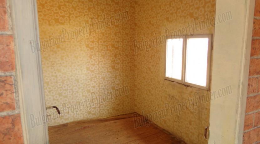 Bulgaria Cheap House0023