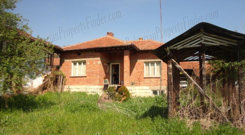 Bulgaria House Pay Monthly 004