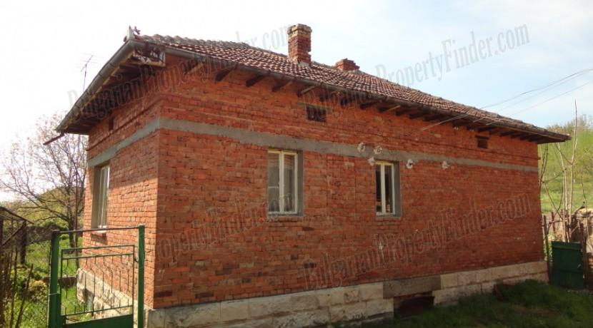 Bulgaria House Pay Monthly 032