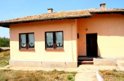 Solid rural house for sale in Manastiritsa RUS8323