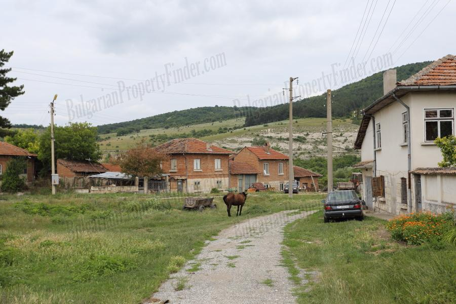 house and land for sale in ostritsa bpfbs150914 bulgarian property finder cheap houses in