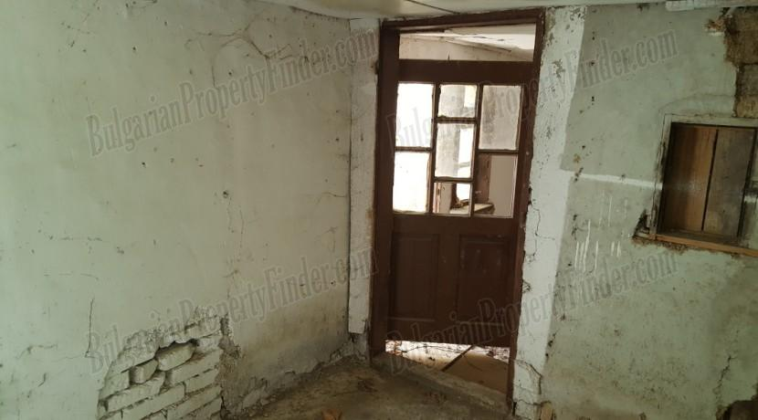 Cheap Property in Bulgaria23