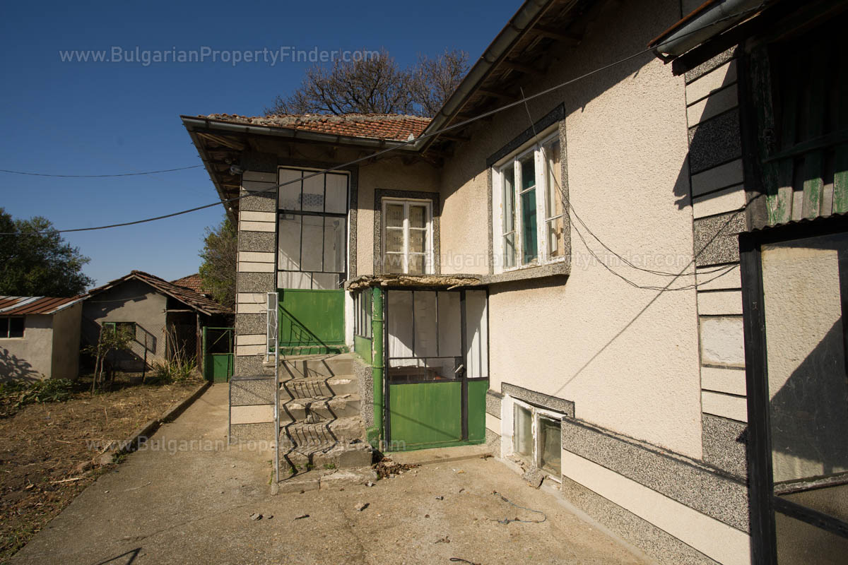 Pay Monthly Property for sale in Bulgaria House and Land BPFVG22092019 in Gorno Ablanovo
